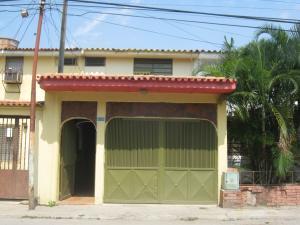Casa En Ventaen Valencia, La Isabelica, Venezuela, VE RAH: 18-6444