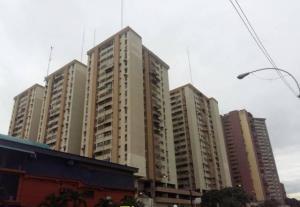 Apartamento En Ventaen Maracay, Avenida Constitucion, Venezuela, VE RAH: 18-6459