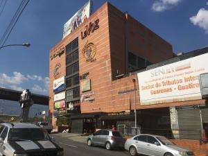 Local Comercial En Ventaen Guatire, Vega Arriba, Venezuela, VE RAH: 18-6464