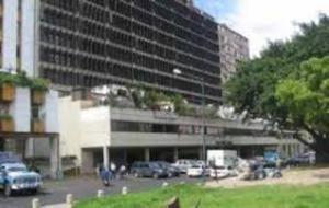 Oficina En Ventaen Caracas, Parque Carabobo, Venezuela, VE RAH: 18-6502