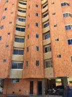 Apartamento En Alquileren Maracaibo, El Milagro, Venezuela, VE RAH: 18-6494
