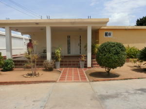 Casa En Ventaen Maracaibo, Pomona, Venezuela, VE RAH: 18-6559