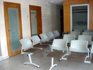 Consultorio Medico  En Alquileren Maracaibo, Las Mercedes, Venezuela, VE RAH: 18-6570