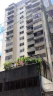 Apartamento En Ventaen Caracas, Parroquia La Candelaria, Venezuela, VE RAH: 18-6581