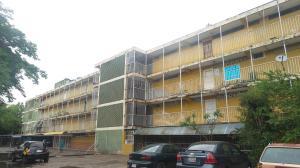 Apartamento En Ventaen Valencia, La Isabelica, Venezuela, VE RAH: 18-6582