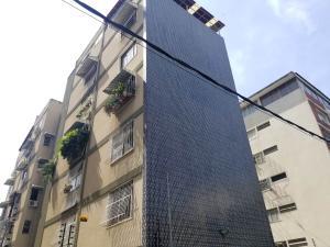 Apartamento En Ventaen Caracas, Los Palos Grandes, Venezuela, VE RAH: 18-6602