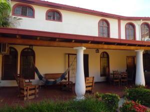 Casa En Ventaen Valencia, El Bosque, Venezuela, VE RAH: 18-6629
