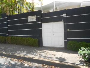 Casa En Ventaen Caracas, La Castellana, Venezuela, VE RAH: 18-6704