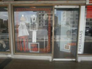 Local Comercial En Alquileren Maracaibo, Avenida Bella Vista, Venezuela, VE RAH: 18-6742