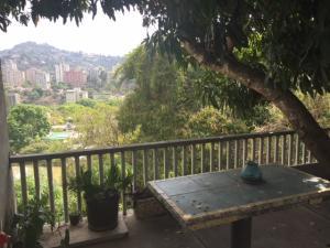 Casa En Ventaen Caracas, El Cafetal, Venezuela, VE RAH: 18-6664