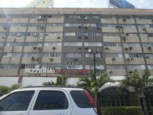 Local Comercial En Ventaen Maracaibo, Avenida Bella Vista, Venezuela, VE RAH: 18-6662