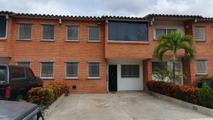 Townhouse En Ventaen Guarenas, Terraza I Buenaventura, Venezuela, VE RAH: 18-6712