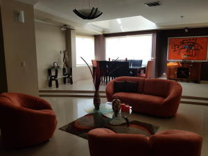 Apartamento En Ventaen Maracaibo, Avenida Baralt, Venezuela, VE RAH: 18-6672