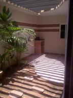 Casa En Ventaen Maracaibo, Fuerzas Armadas, Venezuela, VE RAH: 18-6686