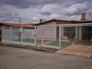 Casa En Ventaen La Victoria, La Mora Ii, Venezuela, VE RAH: 18-6705