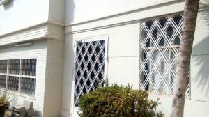 Casa En Alquileren Maracaibo, Avenida Baralt, Venezuela, VE RAH: 18-6997