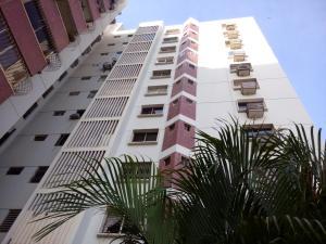 Apartamento En Alquileren Maracaibo, Avenida Delicias Norte, Venezuela, VE RAH: 18-6798