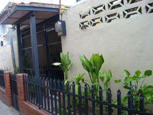 Casa En Ventaen Maracay, Girardot, Venezuela, VE RAH: 18-6809