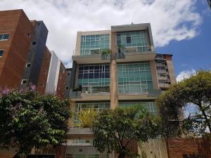 Apartamento En Ventaen Caracas, Campo Alegre, Venezuela, VE RAH: 18-6792