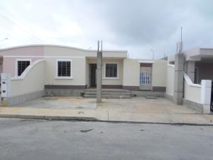 Casa En Ventaen Barquisimeto, Parroquia El Cuji, Venezuela, VE RAH: 18-6793