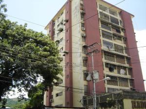 Apartamento En Ventaen Turmero, Zona Centro, Venezuela, VE RAH: 18-6800