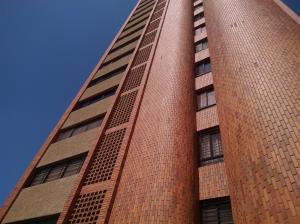Apartamento En Ventaen Maracaibo, Valle Frio, Venezuela, VE RAH: 18-6812