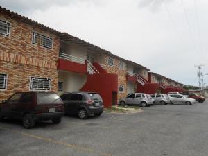 Apartamento En Ventaen Intercomunal Maracay-Turmero, Zona Industrial Saman De Guere, Venezuela, VE RAH: 18-6805
