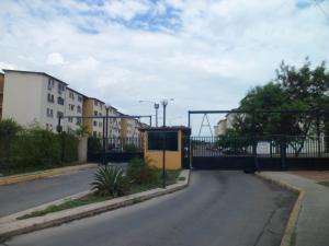 Apartamento En Ventaen Municipio Los Guayos, Paraparal, Venezuela, VE RAH: 18-6816