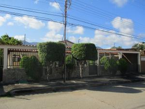Casa En Ventaen Margarita, El Valle, Venezuela, VE RAH: 18-6837