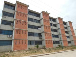 Apartamento En Ventaen Guarenas, Camino Real, Venezuela, VE RAH: 18-6851