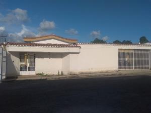 Casa En Ventaen Barquisimeto, Santa Elena, Venezuela, VE RAH: 18-6872