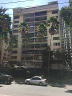 Apartamento En Ventaen Caracas, Los Palos Grandes, Venezuela, VE RAH: 18-6894