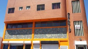 Edificio En Ventaen Punto Fijo, Centro, Venezuela, VE RAH: 18-6900