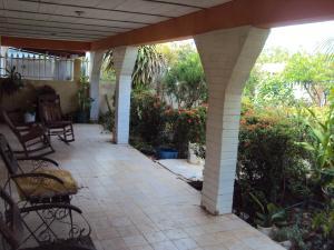 Casa En Ventaen Coro, Av Los Medanos, Venezuela, VE RAH: 18-6911