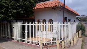 Casa En Ventaen Municipio San Francisco, San Francisco, Venezuela, VE RAH: 18-6916