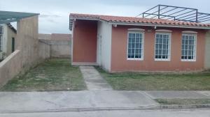 Casa En Ventaen Guacara, Ciudad Alianza, Venezuela, VE RAH: 18-6927