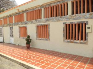 Casa En Ventaen Maracaibo, San Rafael, Venezuela, VE RAH: 18-6929