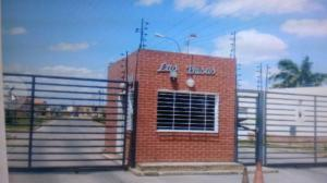 Casa En Ventaen El Tigre, Sector Avenida Intercomunal, Venezuela, VE RAH: 18-7351