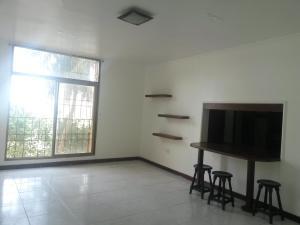 Apartamento En Ventaen Maracaibo, Lago Mar Beach, Venezuela, VE RAH: 18-6990