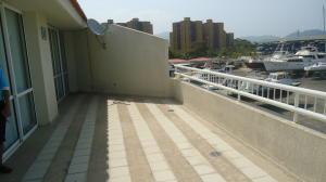 Apartamento En Alquileren Puerto La Cruz, Complejo Turistico El Morro, Venezuela, VE RAH: 18-6998