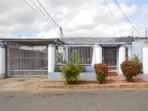 Casa En Ventaen Ciudad Bolivar, Sector Marhuanta, Venezuela, VE RAH: 18-7026