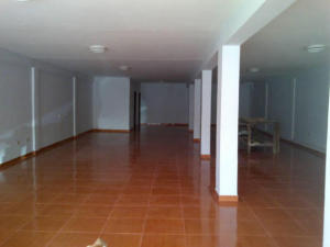 Galpon - Deposito En Alquileren Maracaibo, Avenida El Milagro, Venezuela, VE RAH: 18-7042