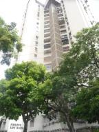 Apartamento En Ventaen Maracay, Urbanizacion El Centro, Venezuela, VE RAH: 18-7063