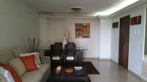Apartamento En Ventaen Maracaibo, Sabaneta, Venezuela, VE RAH: 18-7511