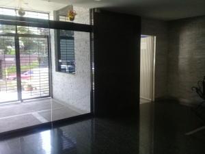 Apartamento En Ventaen Caracas, Los Palos Grandes, Venezuela, VE RAH: 18-7100