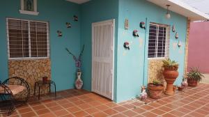 Casa En Ventaen Coro, Villa Guadalupana, Venezuela, VE RAH: 18-7122