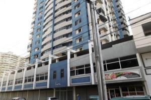 Apartamento En Ventaen Maracay, Zona Centro, Venezuela, VE RAH: 18-7143