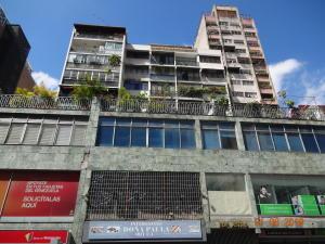 Apartamento En Ventaen Caracas, Parroquia La Candelaria, Venezuela, VE RAH: 18-7406