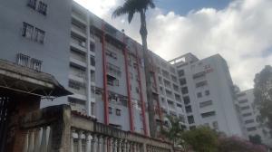 Apartamento En Ventaen Caracas, Caricuao, Venezuela, VE RAH: 17-15804