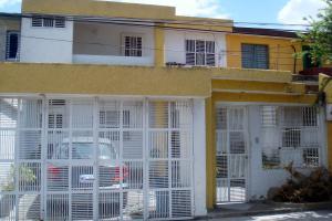 Casa En Ventaen Cagua, La Trinidad, Venezuela, VE RAH: 18-7171